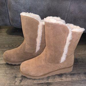 Bearpaw cognac brown fur winter boots